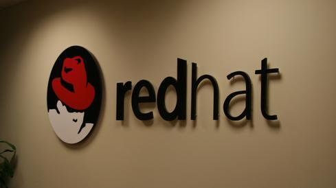 شعار شركة redhat